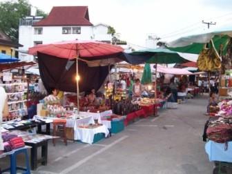 Sunday Market - Walking Street - Chiang Mai